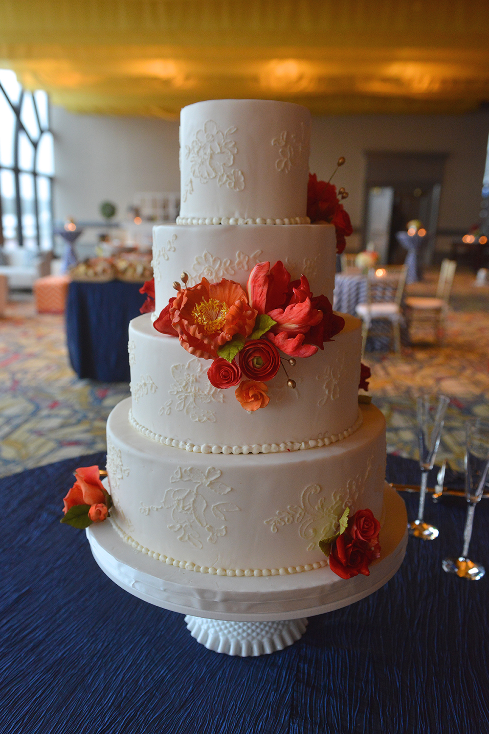 A Savannah Wedding Cake by Kelli Corn