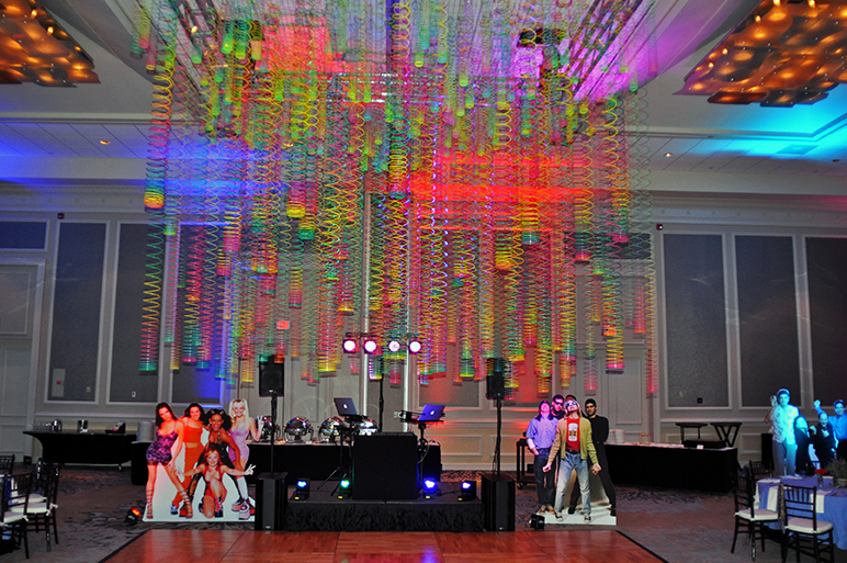 90s Party dance floor slinky